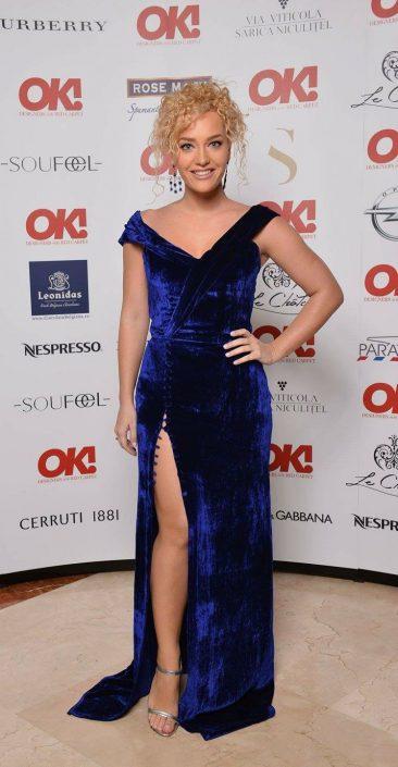 Alexia Maria Ţalavutis wore blue velvet